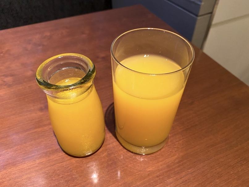 コートヤード銀座の朝食:オレンジジュース