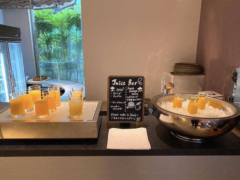 コートヤード銀座の朝食:ドリンクカウンター
