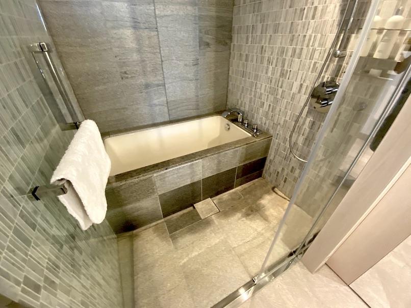 キンプトン新宿東京 客室:バスルーム(浴室)
