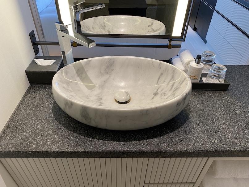 キンプトン新宿東京 客室:バスルーム(洗面台)