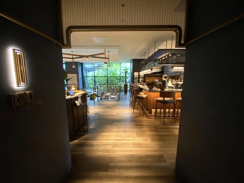 キンプトン新宿東京「ディストリクト」:エントランス