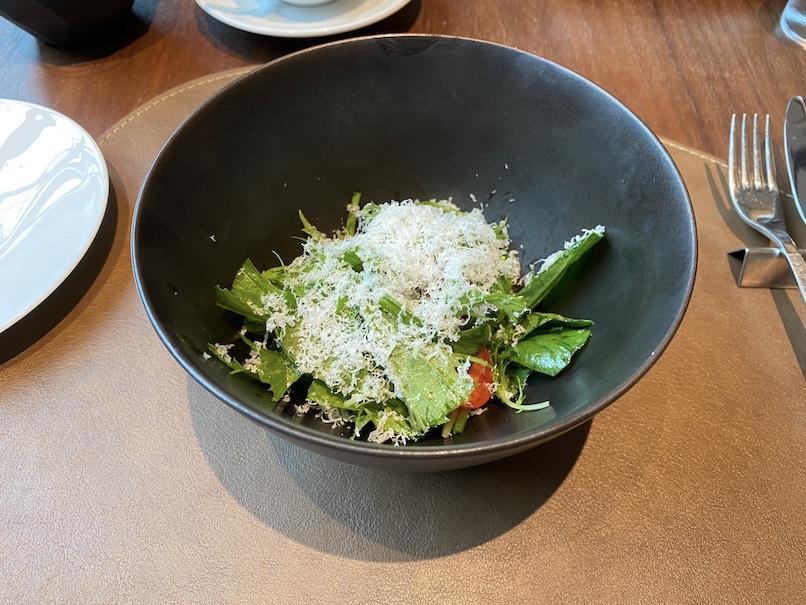 キンプトン新宿東京「ディストリクト」:アフタヌーンティーのフード(サラダ)