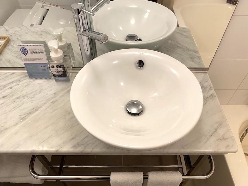 メルキュール東京銀座の客室:洗面台