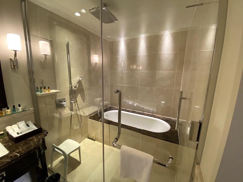 東京ステーションホテルの客室:バスルーム(浴室)
