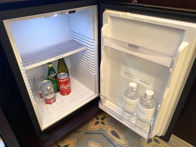 東京ステーションホテルの客室:ミニバー(冷蔵庫)