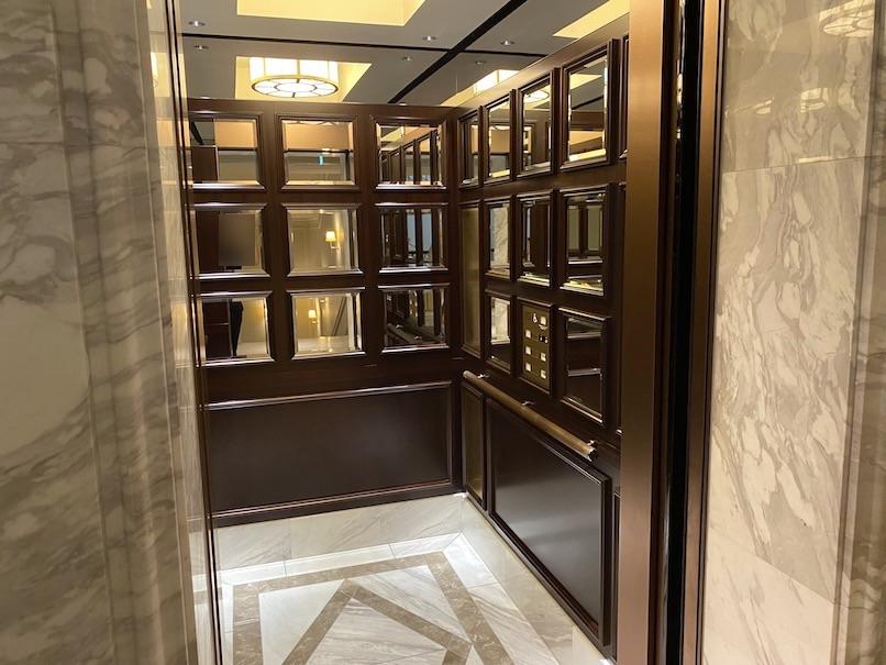 東京ステーションホテルの内観:エレベーター