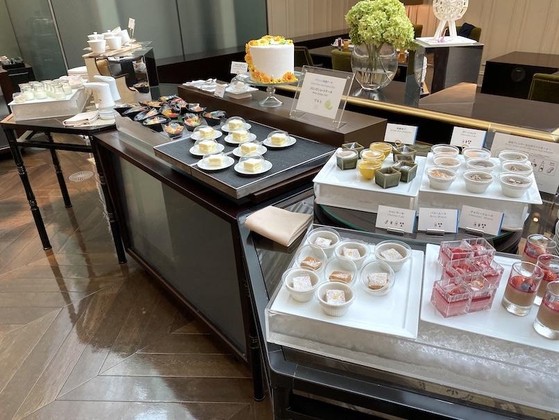 東京ステーションホテル「アトリウム」:朝食ビュッフェ(デザート&シリアル)