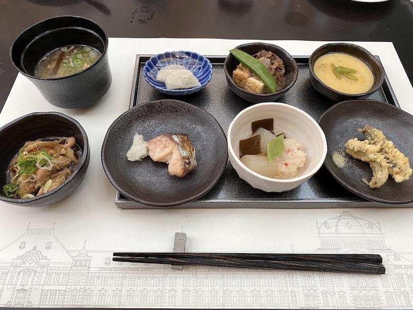 東京ステーションホテル「アトリウム」:朝食(和食)