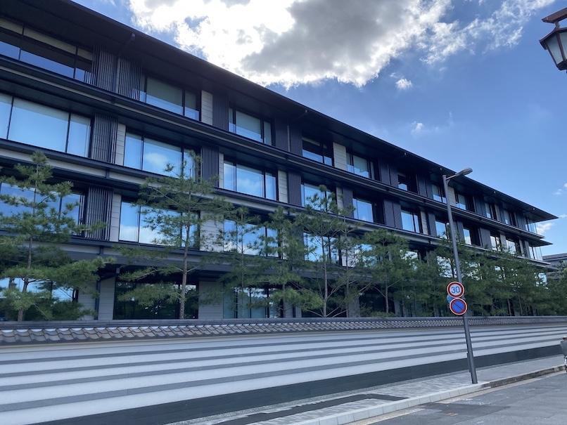 HOTEL THE MITSUI KYOTO(ホテルザ三井京都)の外観:大通り側